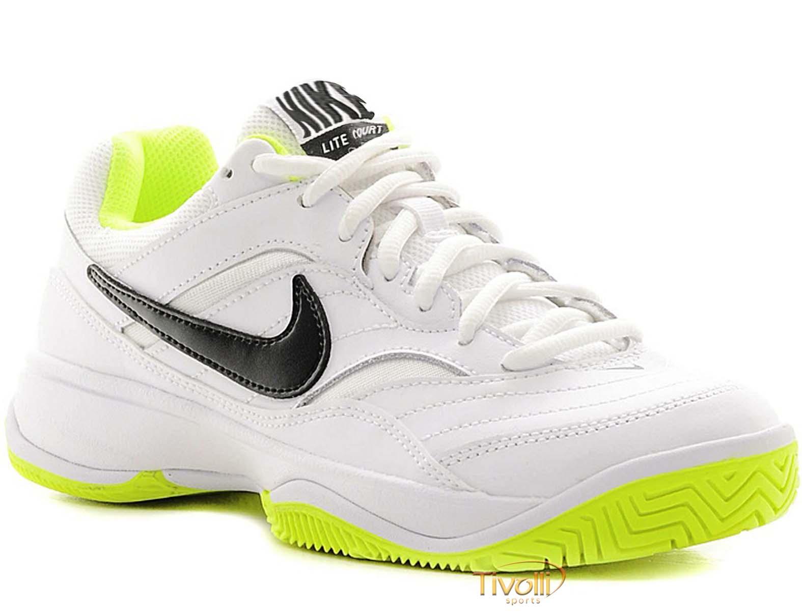 06766b36328 Raquete Mania   Tênis Nike   Court Lite Branco e Verde