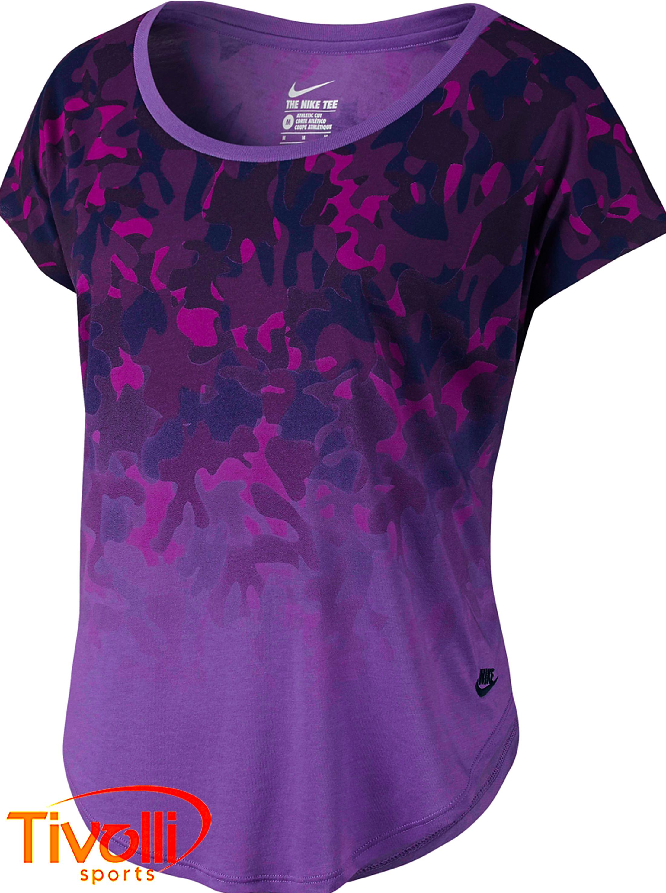 aa0d83ef25384 Raquete Mania   Camiseta Nike feminina   Signal Dip-Dye Camo roxa ...